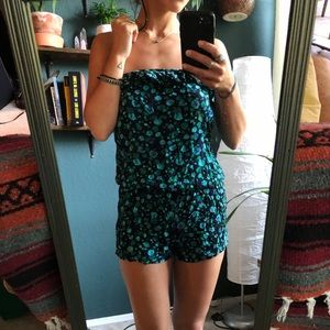 Cute summer strapless romper!